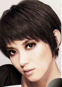 Short straight hairstyle for thick hair