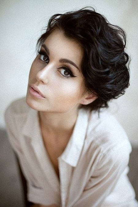 Vintage short hairstyle for thick hair / Pinterest
