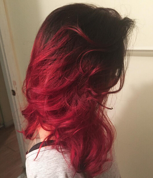 Messy long wavy hairstyle for red hair