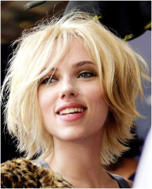 Short shaggy hairstyle blonde hair