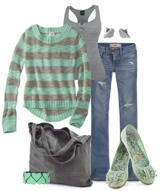 The stripped sweater and flat for spring outfit ideas