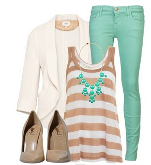 The stripped tank top and skinny jeans for spring outfit ideas