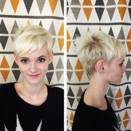 Short blonde hairstyle with bangs