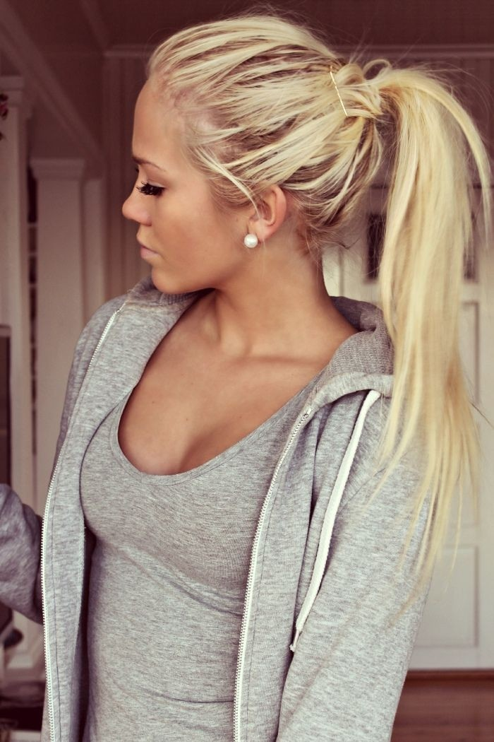 Nice ponytail hairstyle for long hair