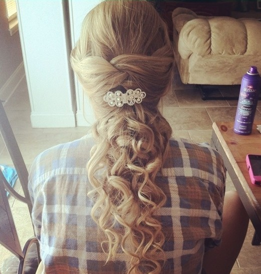Long blonde curly hair for prom hairstyles