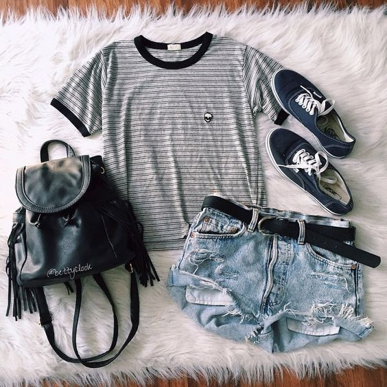 Strip t-shirt and cut-out shorts over