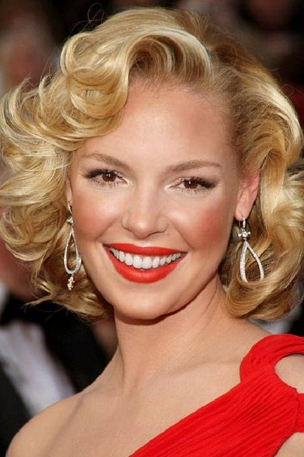 "Katherine Heigl Short blonde curly hairstyles for the homecoming wedding ""width ="" 465"