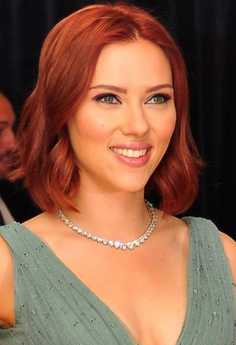 "Scarlett Johansson Short red bob hairstyle with waves ""width ="" 465"