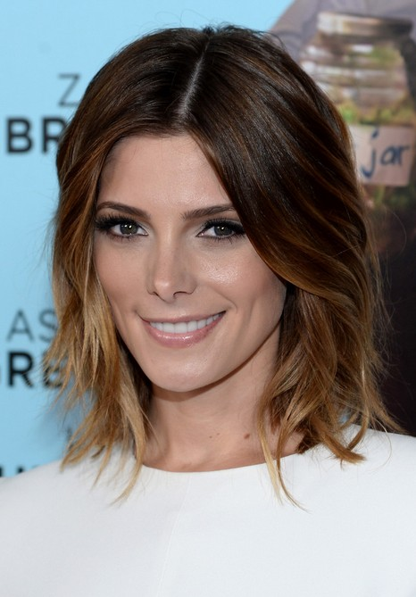 "Ashley Greene Short Layer Ombre Bob Hairstyle for Women ""width ="" 465"