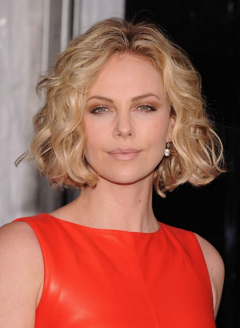"Charlize Theron Jaw Length Bob Hairstyle with Waves"" width=""465"