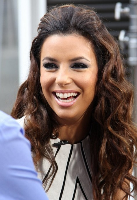 2014 Eva Longoria Hairstyles: Soft Long Wavy Hair
