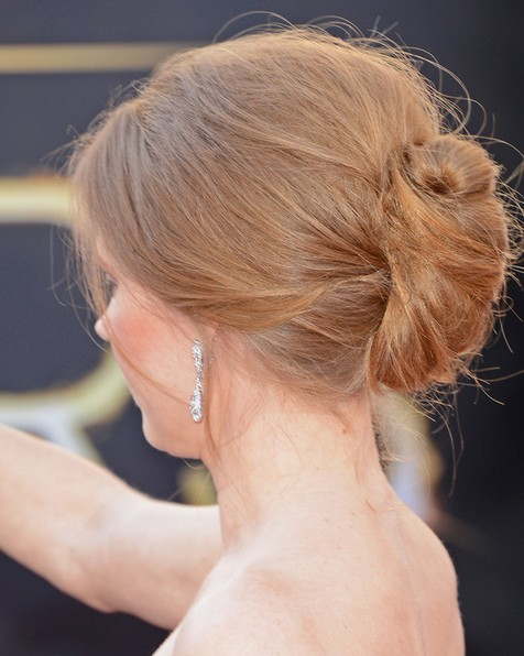 2014 Amy Adams Hairstyles: Easy Bun Updos