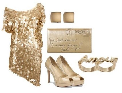 A combination for the New Year look, sequin coset dress with bare pumps