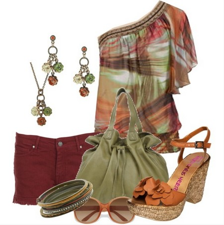 One shoulder top outfit with ethnic print for a beach look