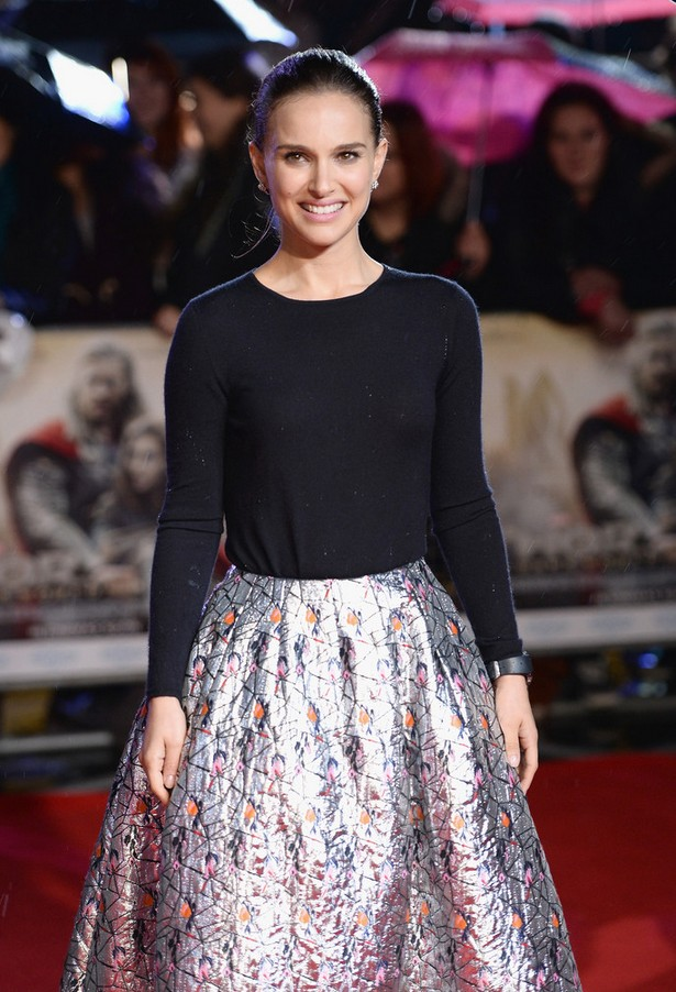 Natalie Portman Black crew neck sweater with metal skirt from Dior
