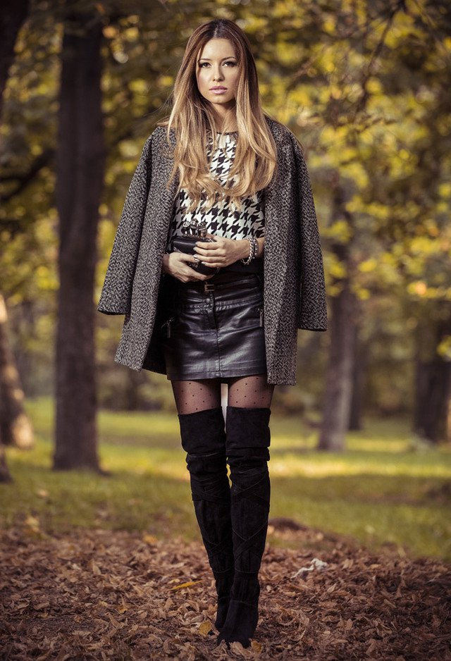 Wonderful autumn outfit idea with over the knee boots