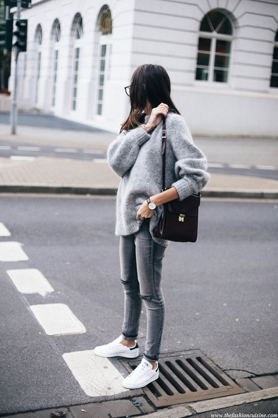 Oversized sweater and white shoes