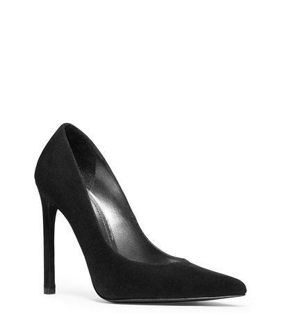 Stuart Weitzman Queen Pumps, $ 385