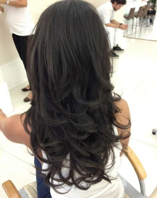 Pretty hairstyles for black hair: sweet bottom waves