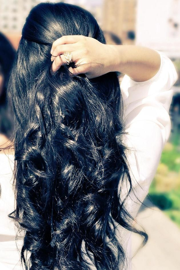 Pretty hairstyles for black hair: intense waves