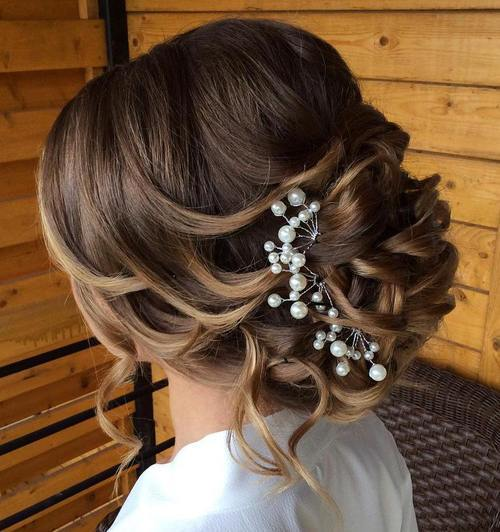21 glamorous updos for weddings