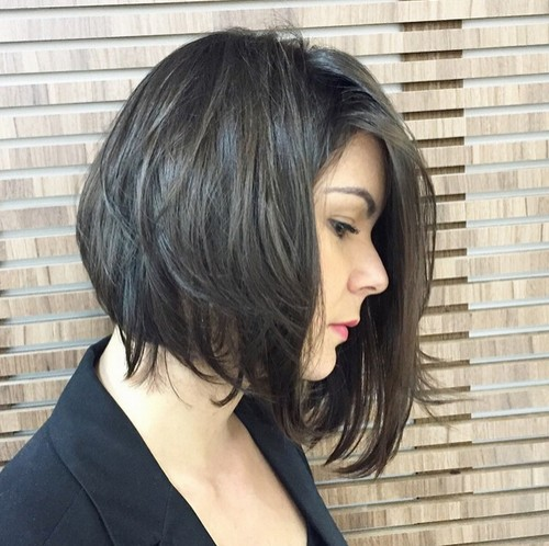Messy straight bob hairstyle