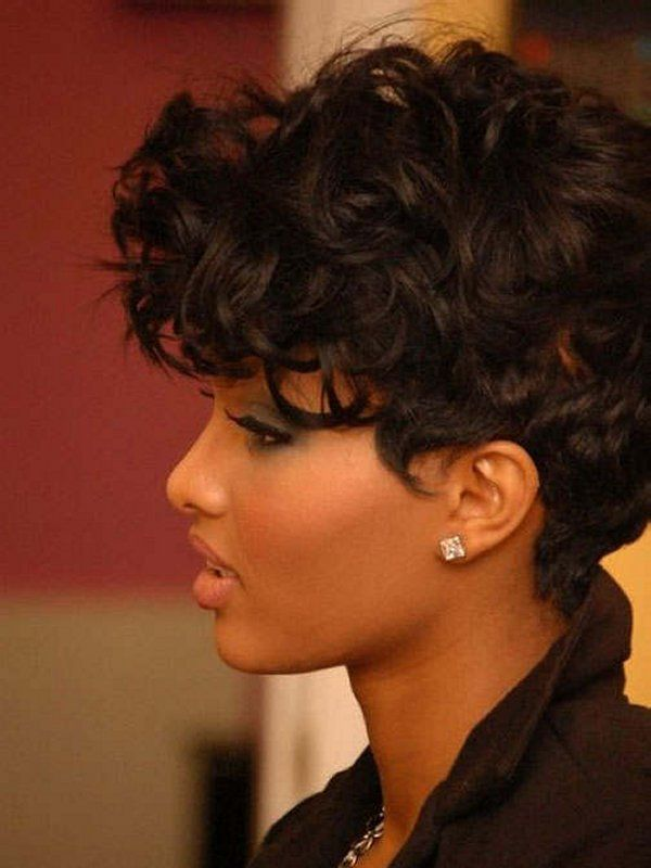 """Short curly black hairstyle """"width ="""" 400"""
