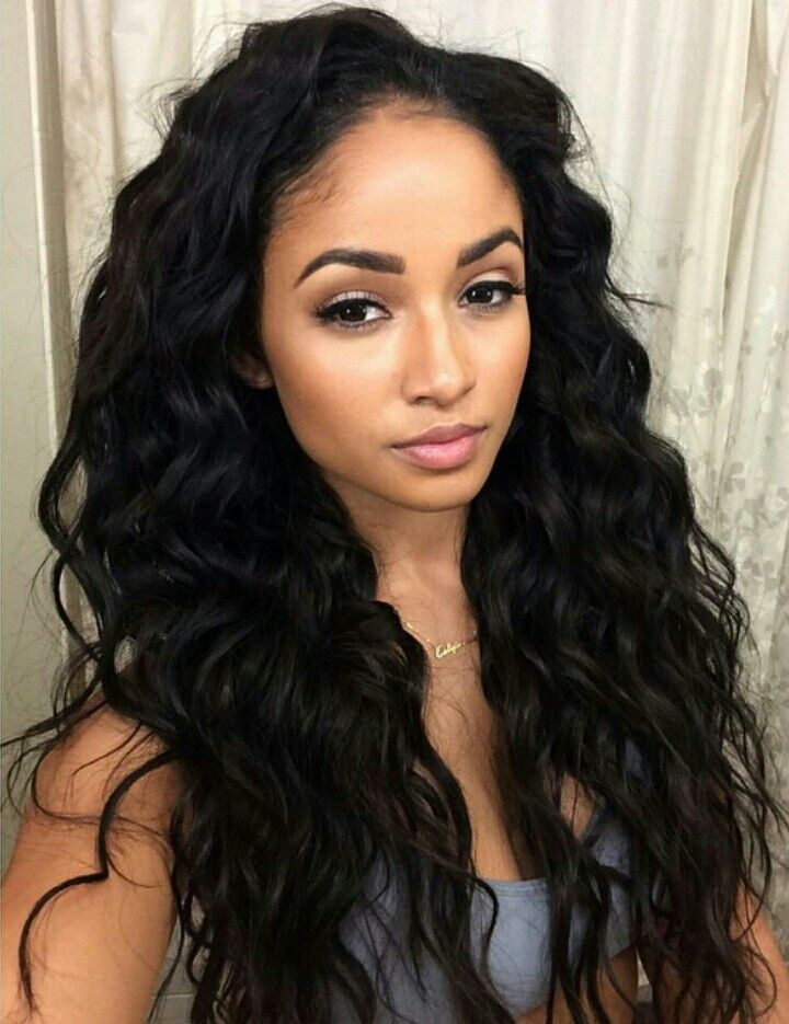 """Glamorous long curly wavy black hairstyle """"width ="""" 400"""