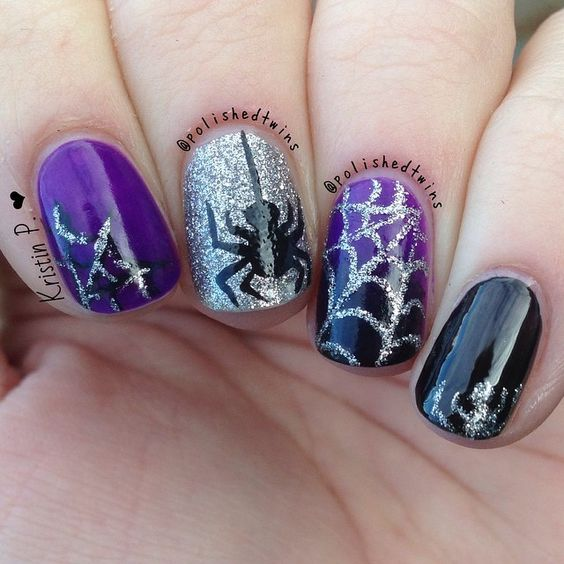 Spider Halloween nails over