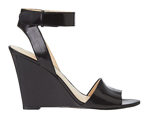 Black leather sandal ($ 109)