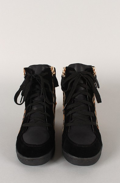 Front view of the Leopard Zipper high top wedge sneaker