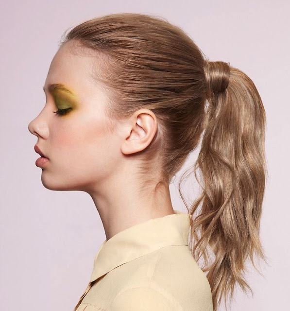 Weekend hairstyle - simple ponytail