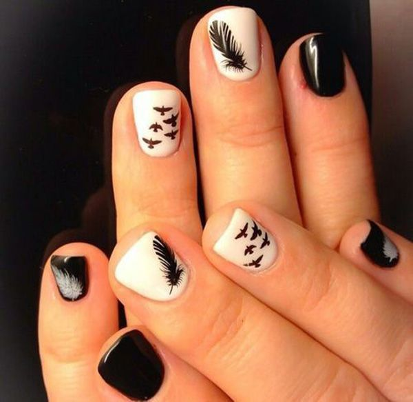 Black and white pen and Nail Design