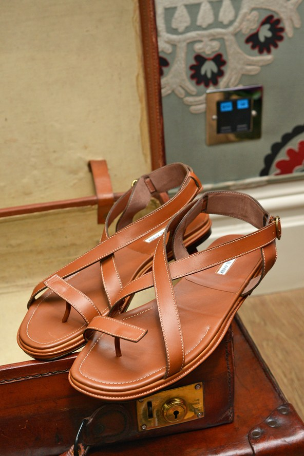 Brown shoes for sand - Manolo Blahnik shoes 2014
