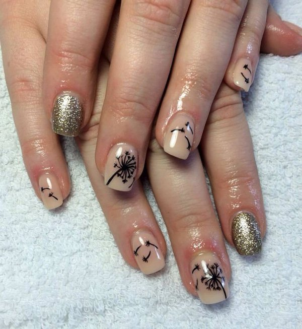 Gold and Nude Glitter Dandilion Nail Design