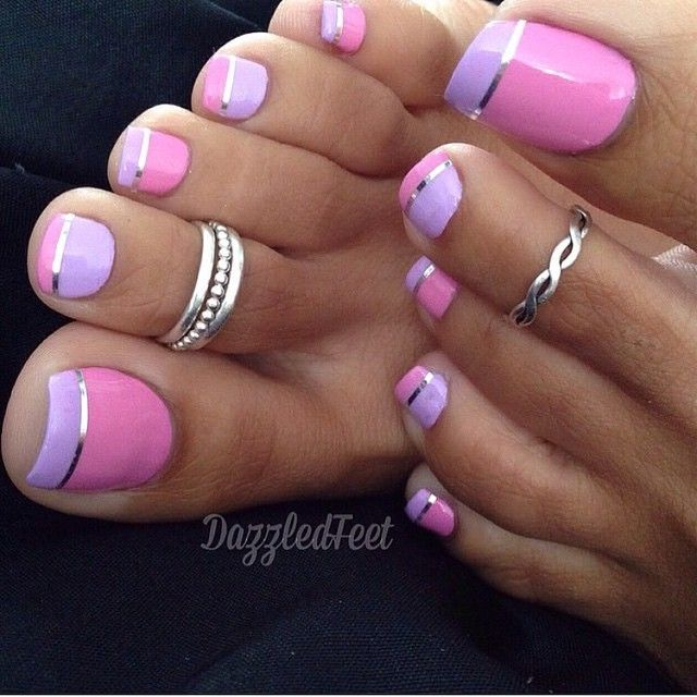 French tip toe nail design
