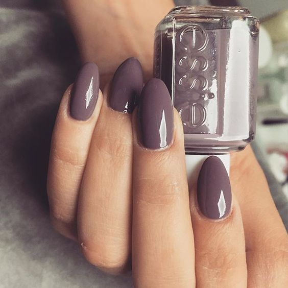 7 tips to dry your nail polish faster
