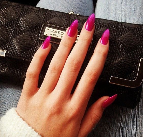 Deep pink pointed nails