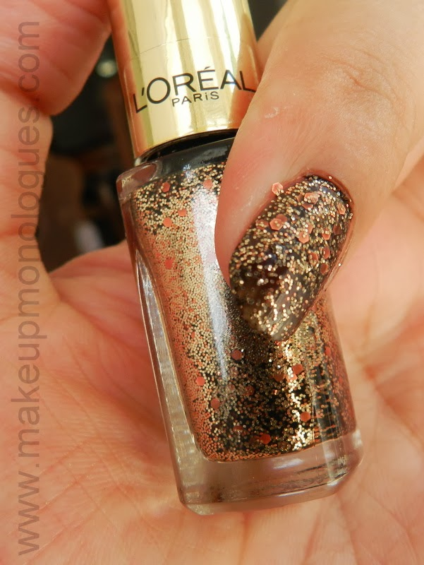 Brown nails with glitter