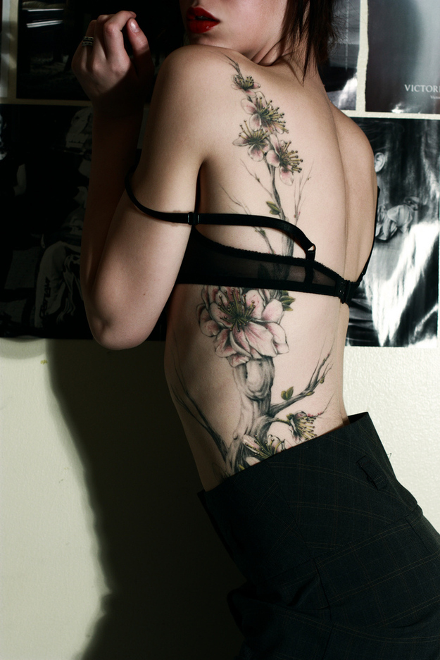 Stunning tattoo design for women