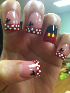 Nice Mickey Mouse nail design