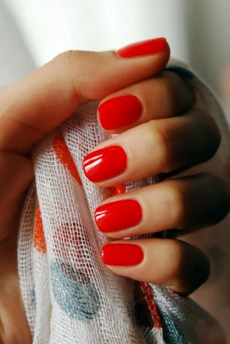 Glamorous red nails