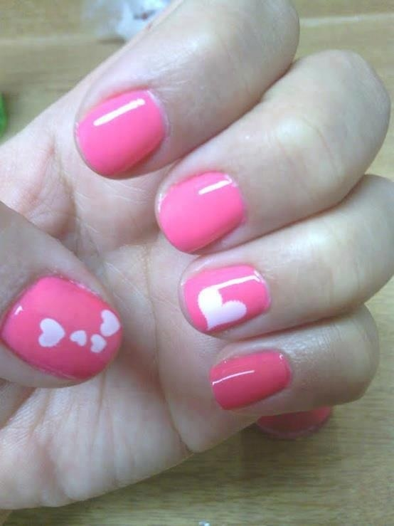 Romantic heart shape nails