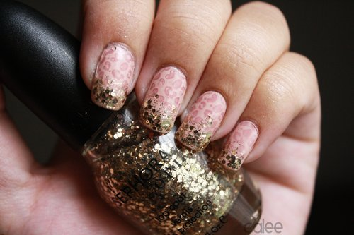 Decorated nails with leopard print