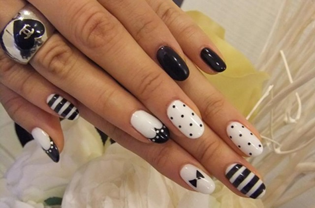 Nice black and white nails