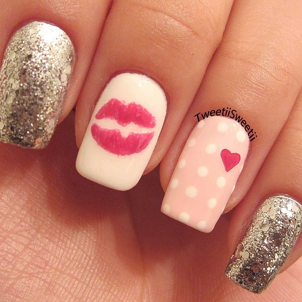 Pink and gold kiss nail designs