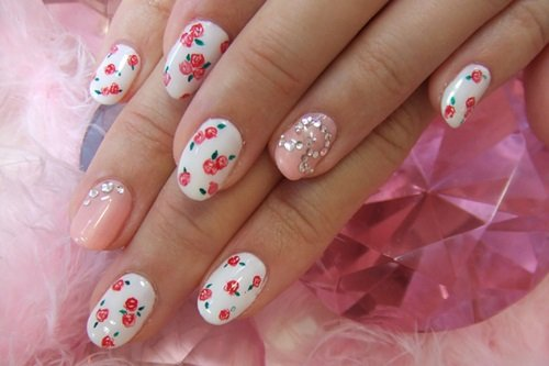 Tiny flower nail design