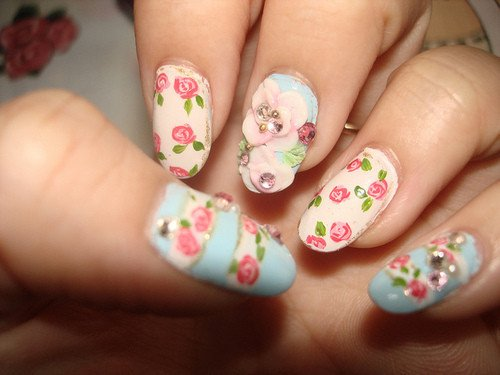 Beautiful flower nail design