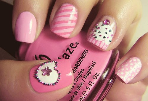 Beautiful pink mismatched nail designs