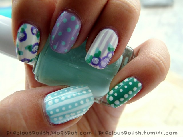Flower Mismatched Nail Designs